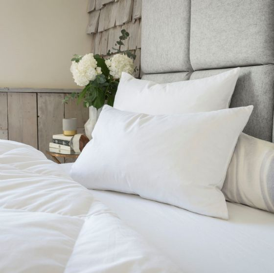The Fine Bedding Company Goose Down & Feather Pillow